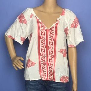 The Impeccable Pic Red and White Blouse sz Small